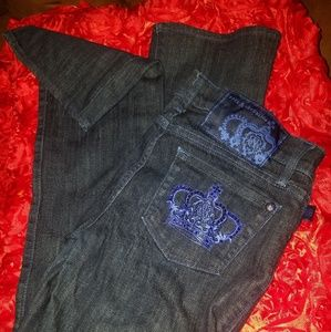 Blue Jeans with Embroidered Pockets